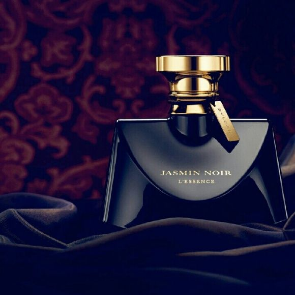 04e9e65ccae FLASH SALE Bvlgari Jasmin Noir Eau de Parfum Bvlgari s Jasmin Noir captures  the irresistible charm of a mysterious and intensely sensual woman.