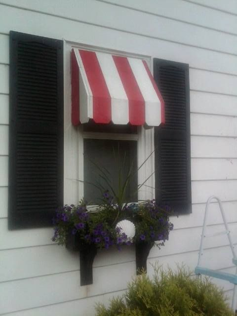 Wood Awning Made Out Of Dog Ear Pickets Window Awnings Art And Hobby Beautiful Homes