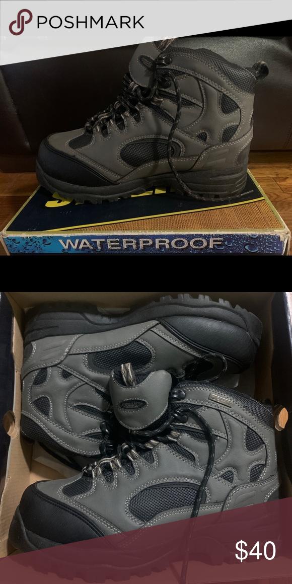 Footwear, Waterproof boots, Rain and