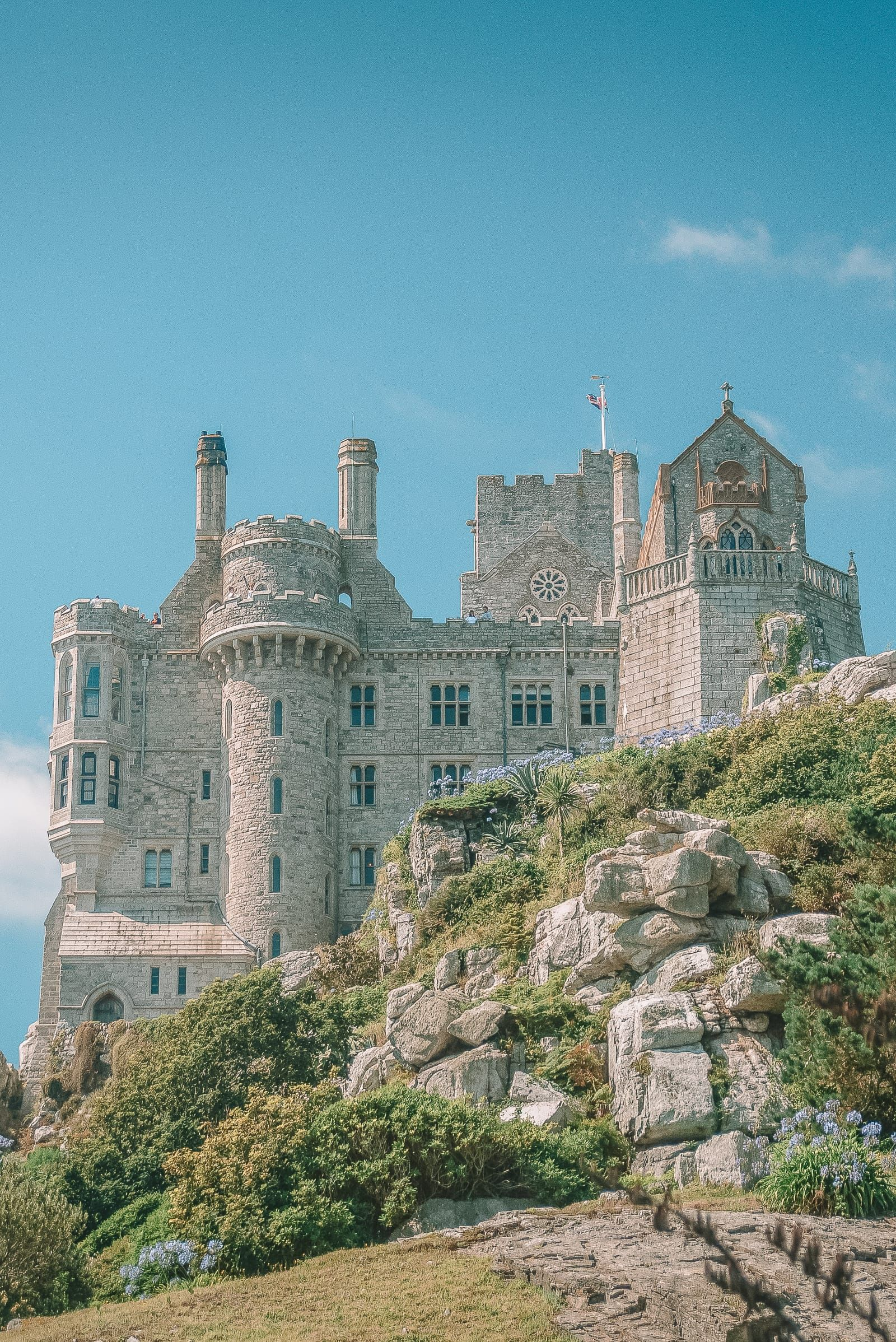 7 Manors And Best Castles In Cornwall To Visit