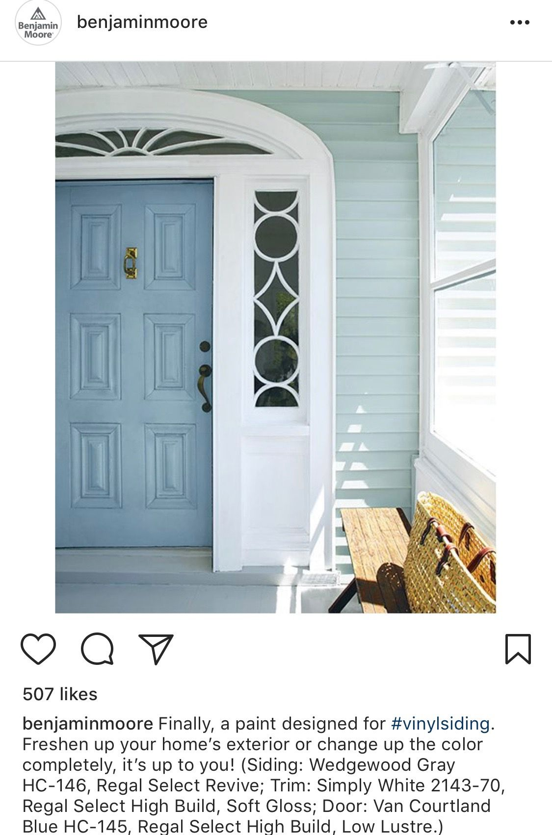 Bm Wedgewood Gray Van Courtland Blue Simply White House Exterior Blue Exterior Paint Colors For House Beach House Exterior