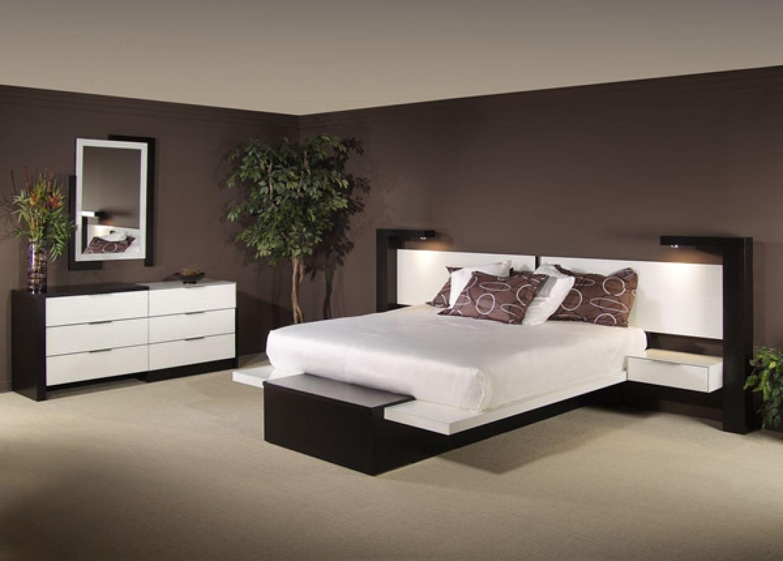 Best Bedrooms Fascinating Dark Brown Wall Paint Bedroom Design 640 x 480