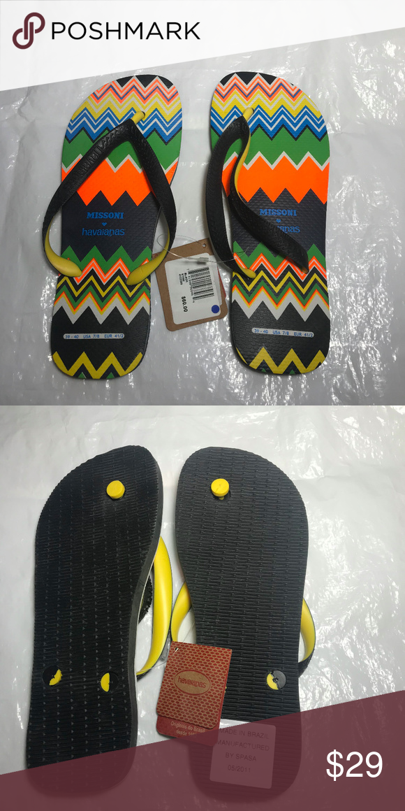 1210852b3039f NWT Missoni Havaianas Flip Flops Sandals 9 10 Brand new with tags black  sandals with multicolor zigzag pattern. Men s 7 8