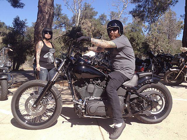 LAの山奥にある過激な共和党主義バイカー・バー「ヘルズ・キッチン」潜入レポート!#ヘルズ・エンジェルズ #ハーレーダビッドソン #モーターサイクルギャング http://japa.la/?p=50424