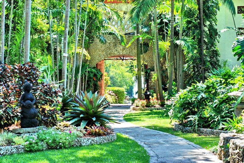 Coral Gables Gardens The Kampong Botanical Garden Miami Kids Activities Attractions