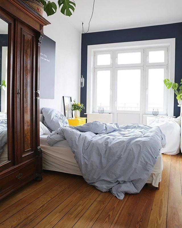 Oldie but Goldie - Bedrooms, Apartments and Doors - schlafzimmer ideen farben