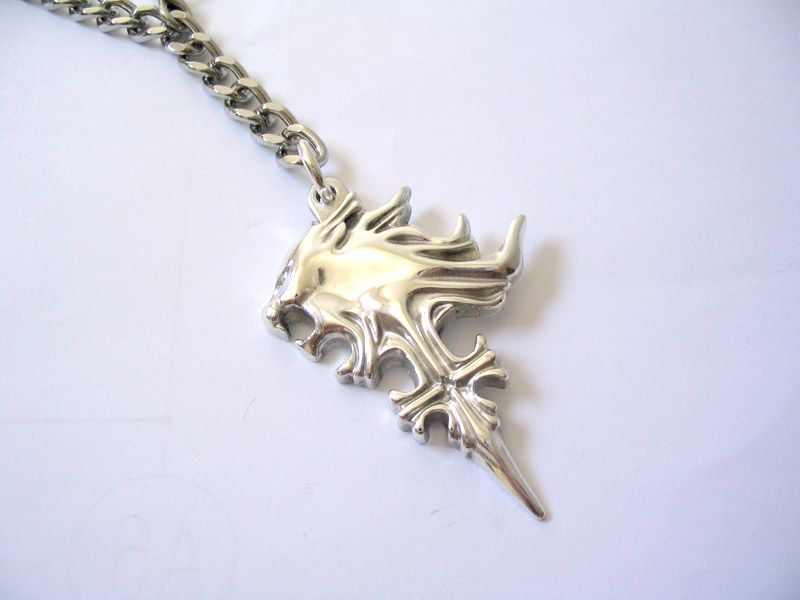 Final fantasy 8 squall griever necklace pure silver geekness final fantasy 8 squall griever necklace pure silver aloadofball Image collections