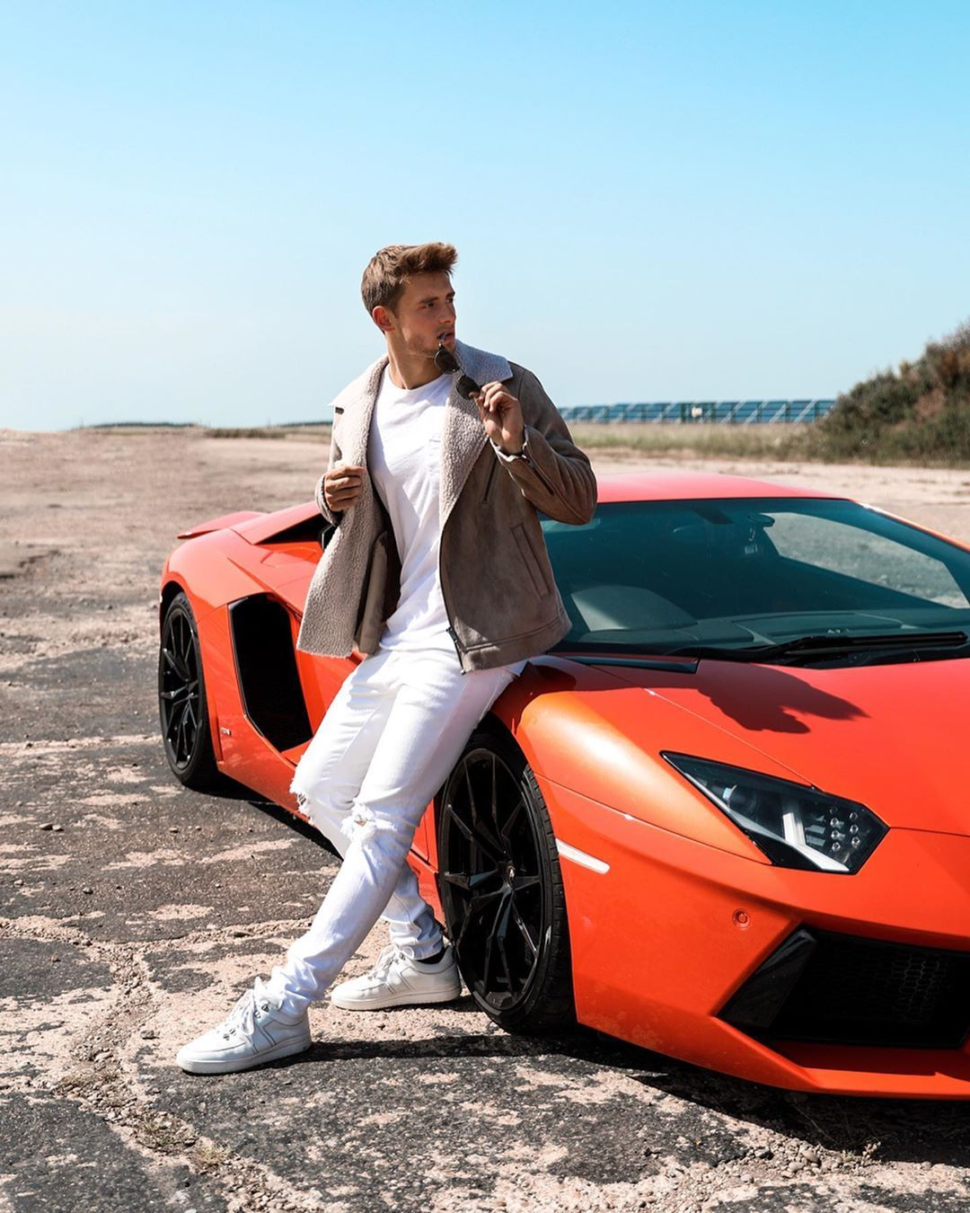 Fabian Arnold Model On Instagram Who Would Come For A Ride Had An Amazing Weekend Driving Sport Cars In London And Mee Sport Cars Riding Model