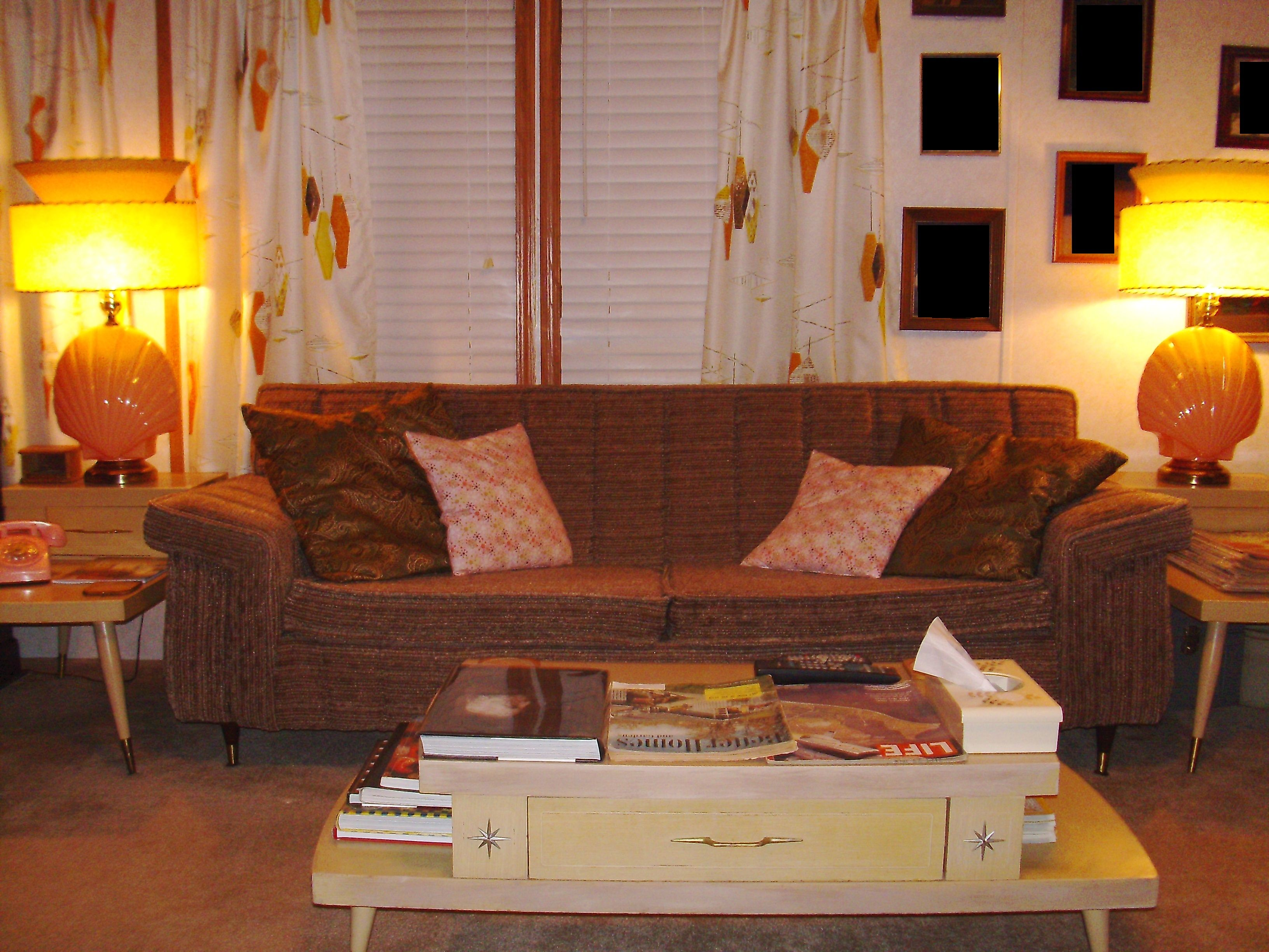 Best Couches For 1940S 1950S Or 1960S Living Rooms Upload 400 x 300
