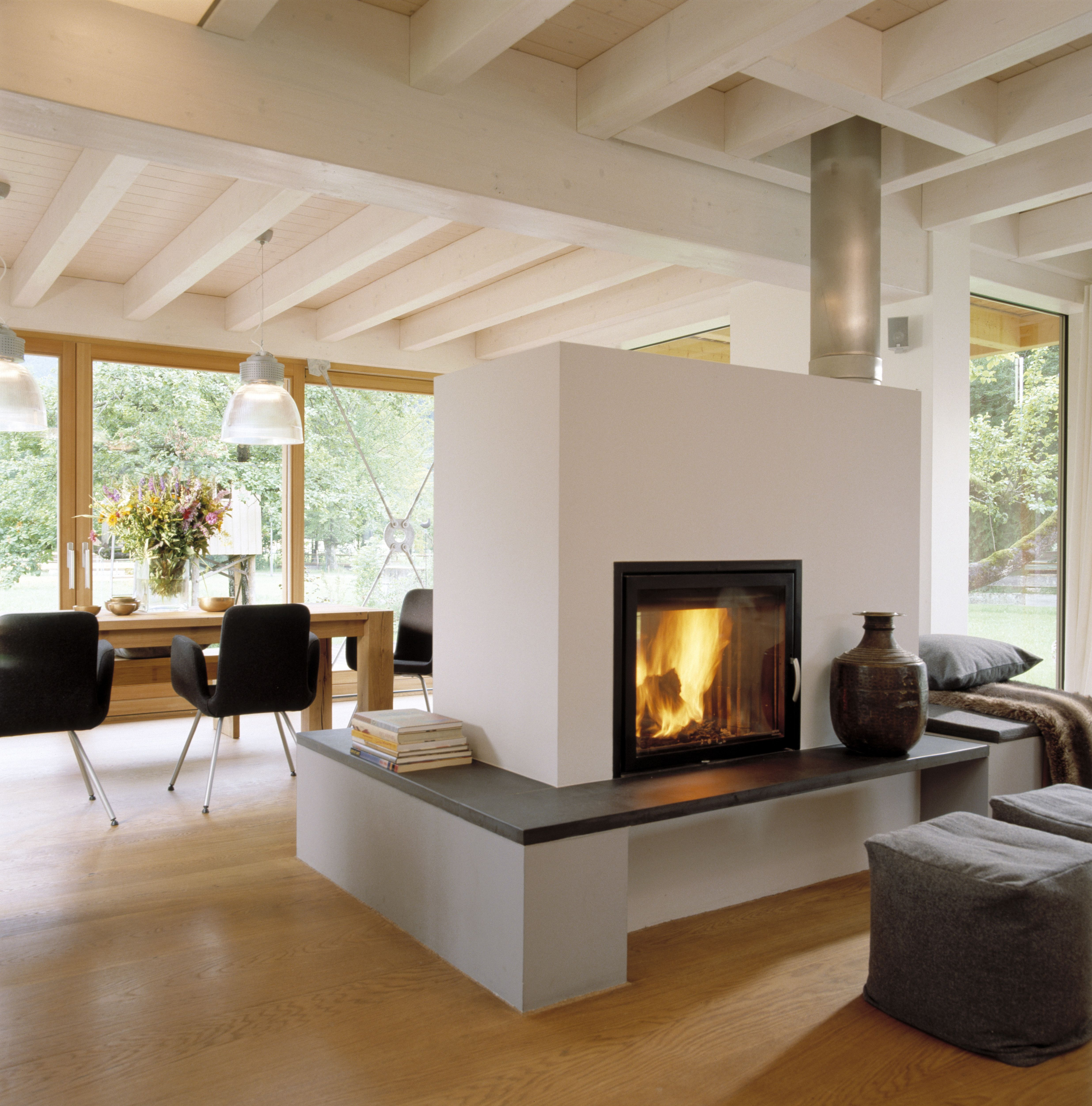 Panoramakamin Im Wohnzimmer Mit Bodentiefen Fenster 4943x