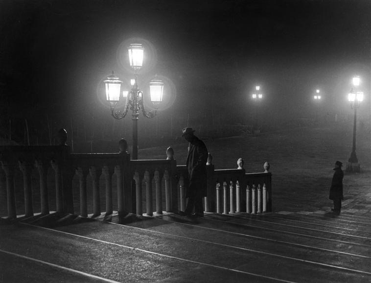 Pont de la Paglia, de nuit - circa 1950 -  Leiss Francesco Ferruccio (1892-1968) Italie, Florence, Museo di Storia della Fotografia Fratelli Alinari