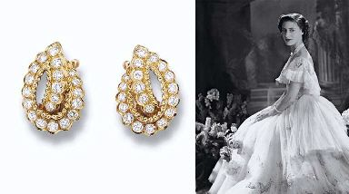 A PAIR OF DIAMOND EARCLIPS, BY VAN CLEEF & ARPELS  Each designed as a brilliant-cut diamond hoop and scroll with scalloped edging, with French assay mark for 18 carat gold, in original blue suede Van Cleef & Arpels, Génève, case Signed Van Cleef & Arpels, No. 126660 SA, with maker's mark Sté M for Mathon