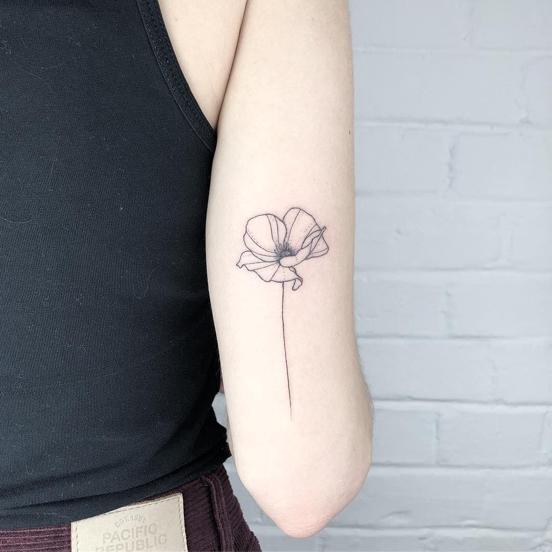 Pin By Lea On Tatuajes In 2020 Floral Tattoo Sleeve Line Art Tattoos Tattoos