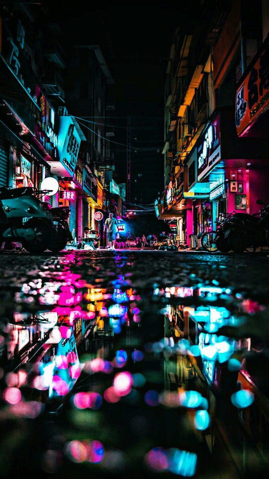 人気3位 サイバーパンクな雰囲気の夜の街 Iphonex スマホ壁紙 待受画像ギャラリー ホーム 画面 画像 街角フォト 夜の写真