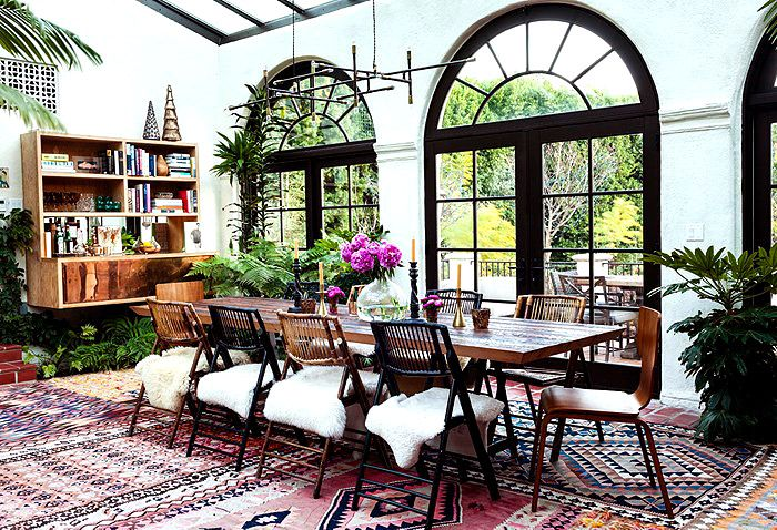 15 Maximalist Rooms That Prove More Is More via @MyDomaine