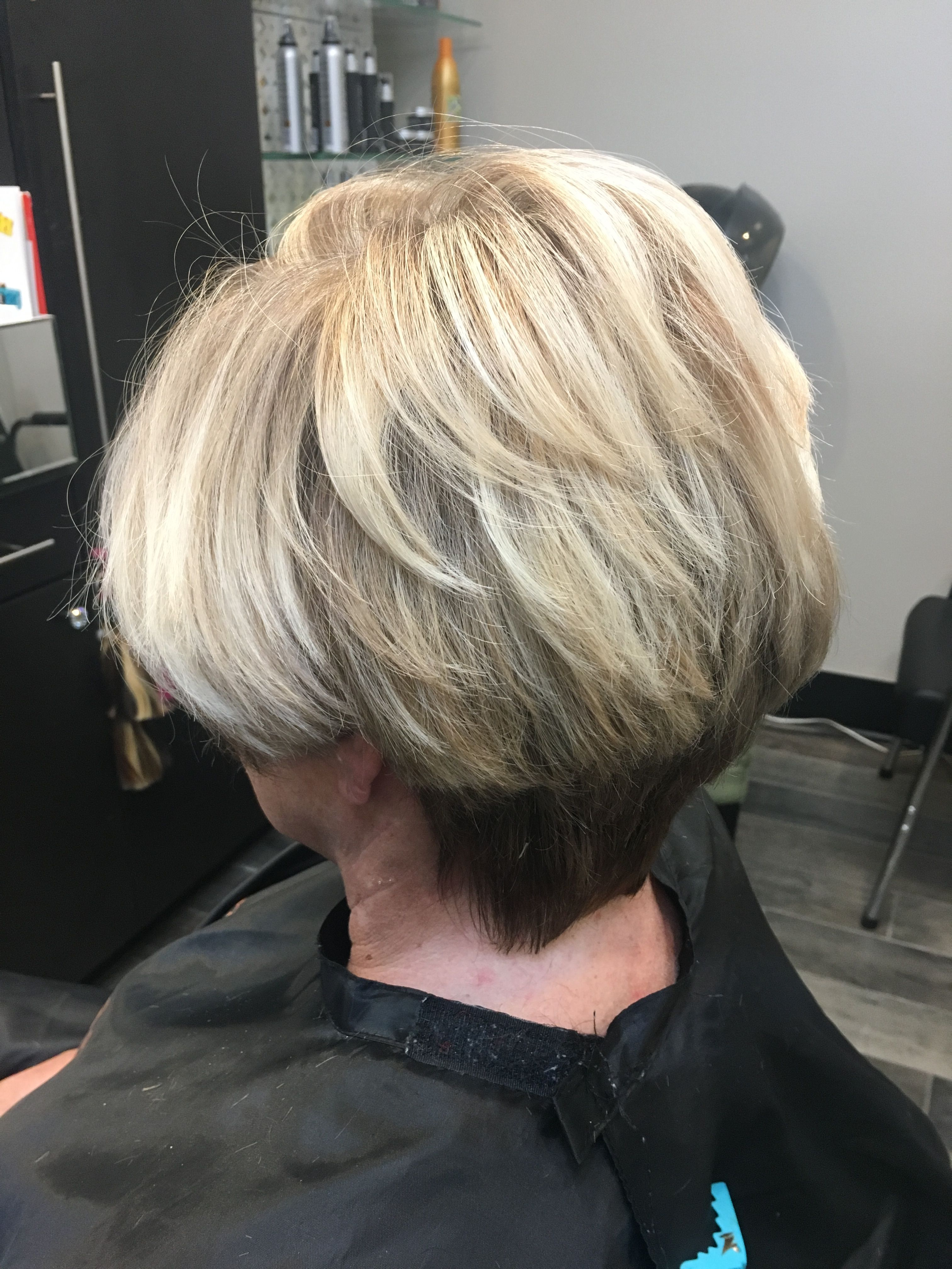 Short Haircut With Heavy Blonde Highlights And Contrast