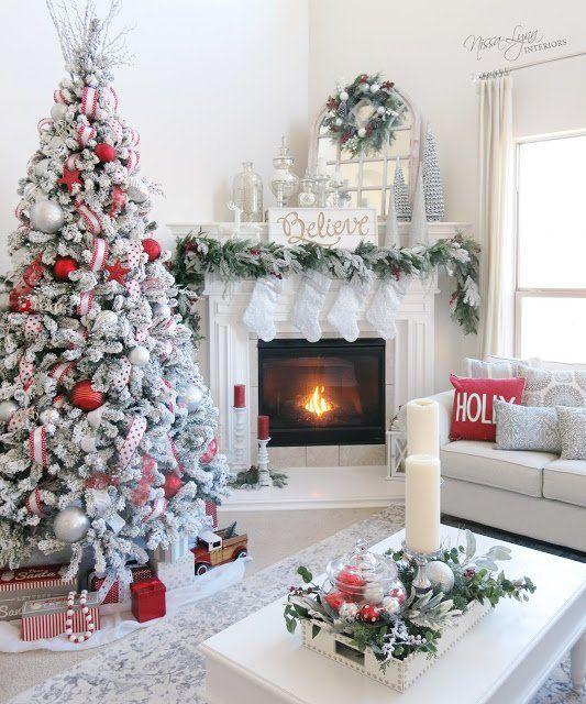 24 Classic Christmas Mantels – Christmas Decor Inspiration