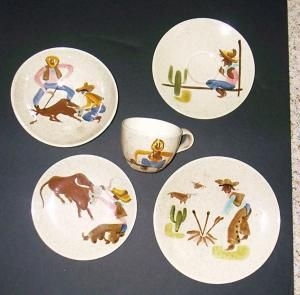 Chuck Wagon or Round Up plates and cups | Red Wing Collectors . & Chuck Wagon or Round Up plates and cups | Red Wing Collectors ...