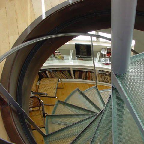 Decoracion #Vanguardista #Estudio #Escalera #Doble altura
