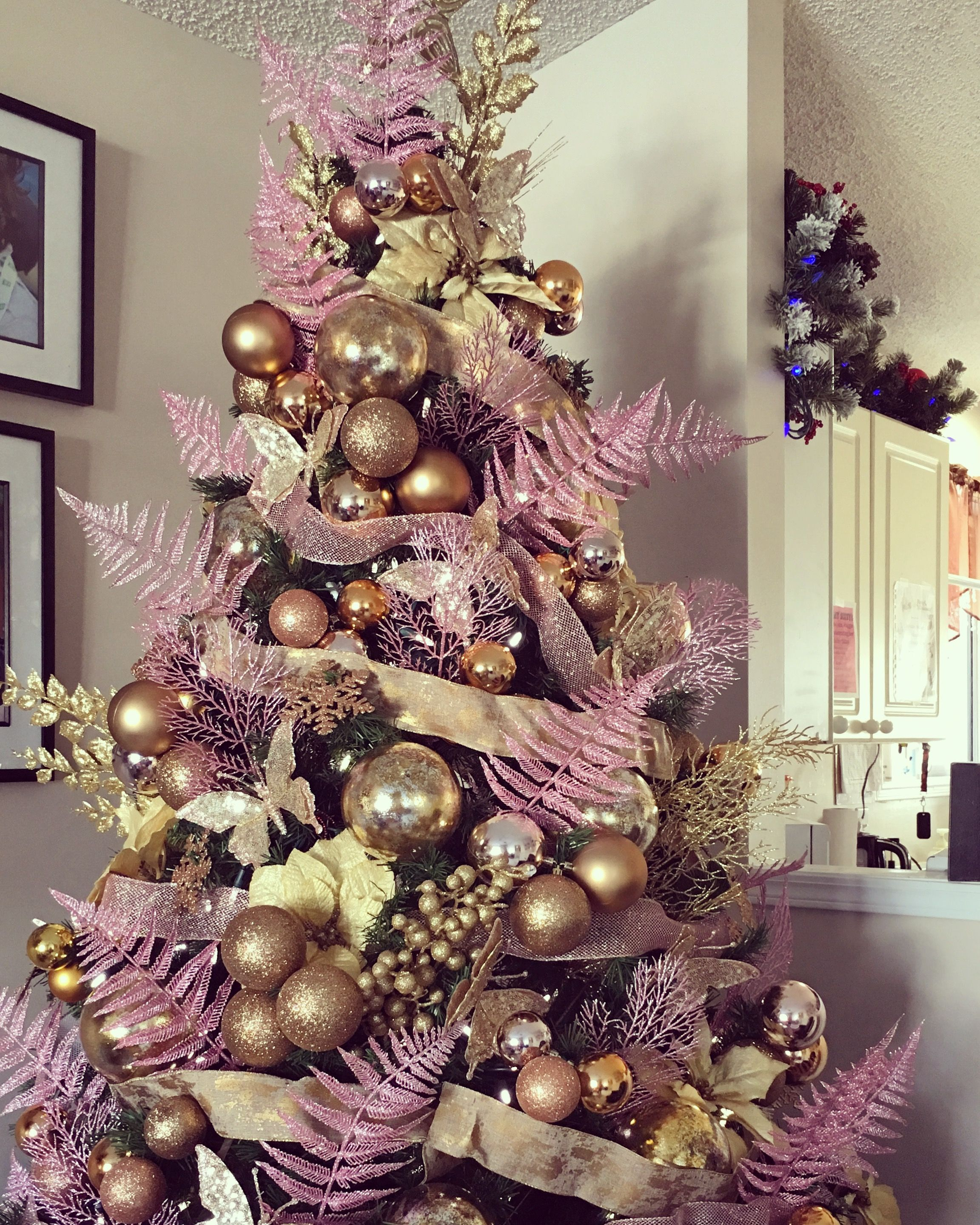 Gold Pink Christmas Tree Elegant Christmas Trees Gold Christmas Tree Decorations Gold Christmas Tree