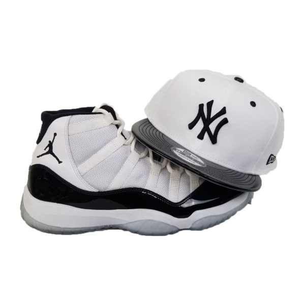 e4bb585246da9 Matching New Era New York Yankees snapback Hat for Jordan 11 White Black  Concord