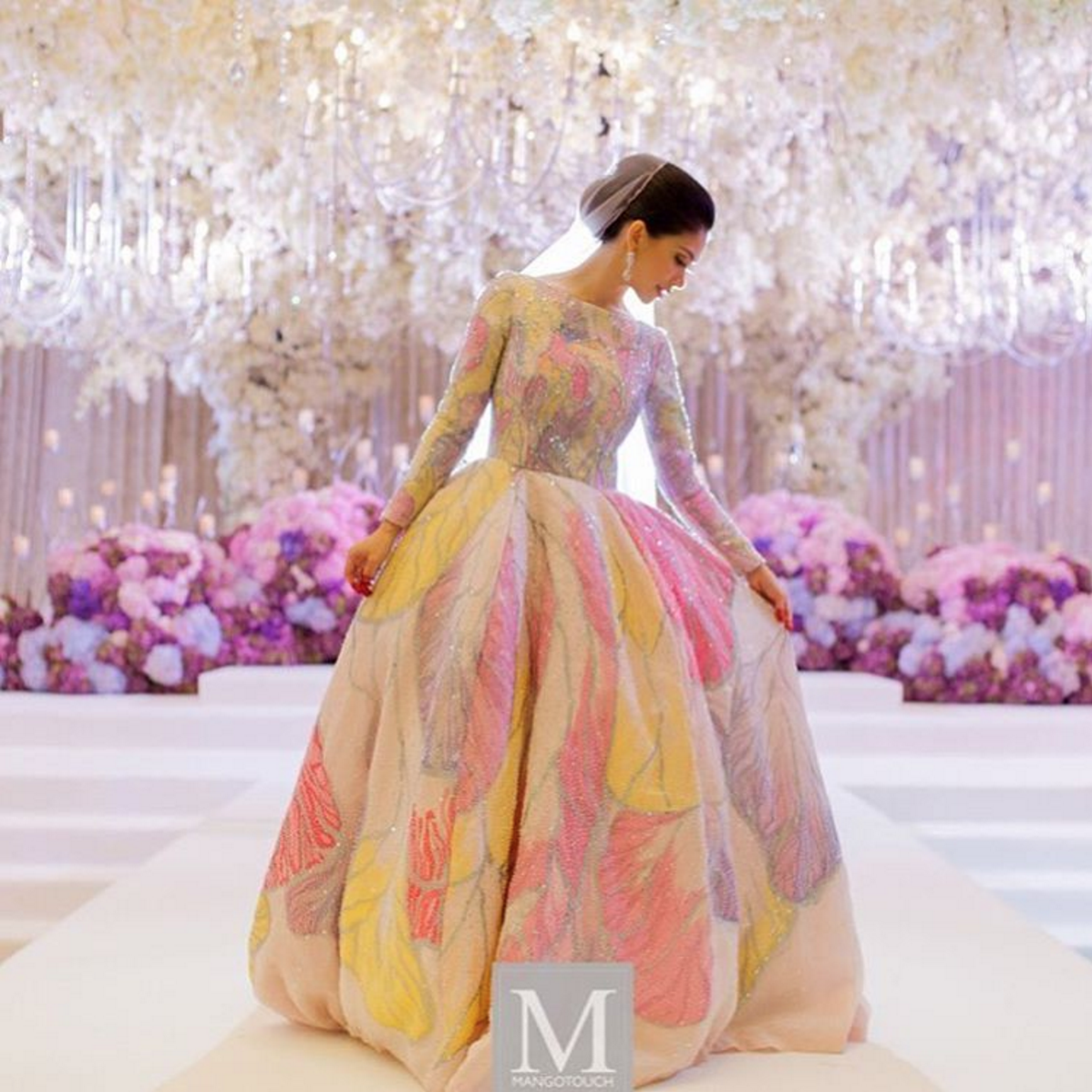 Hand painted wedding ballgown malaysian actress anzalna for Wedding dress malaysia online