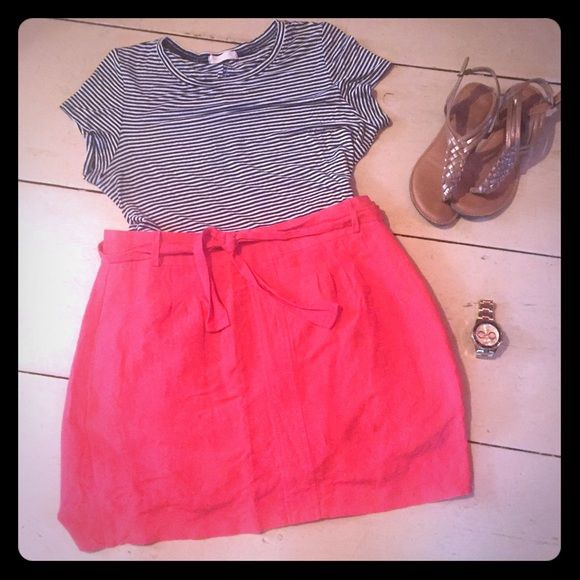 Coral Linen Skirt with Tie Great condition, super light weight, ready for summer! Banana Republic Skirts Midi