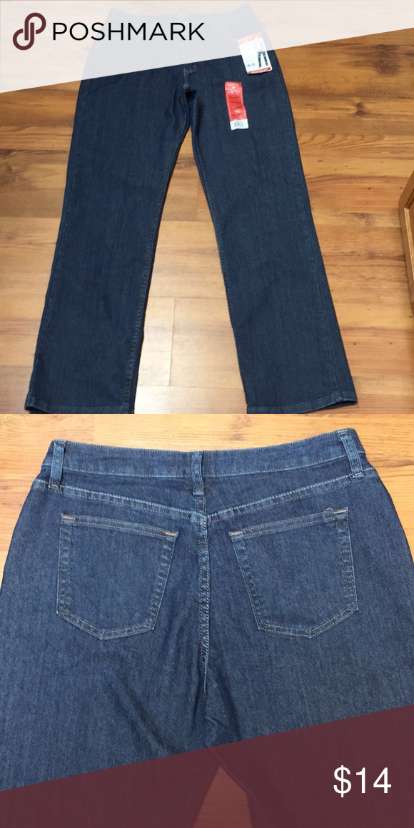 91f6202e NWT Riders by Lee jeans Instantly slims you, sits just below natural waist,  relaxed hip & thigh, straight leg, tummy control panel. Waist: 32. Rise: 11.