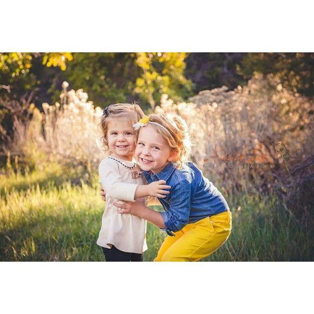 """Sisters and BFF's  #FallFamilySession #MissyLeePhotography #UtahFamilyPhotographer #SaltLakePhotographer #MissyLeePhotographyUT…"""