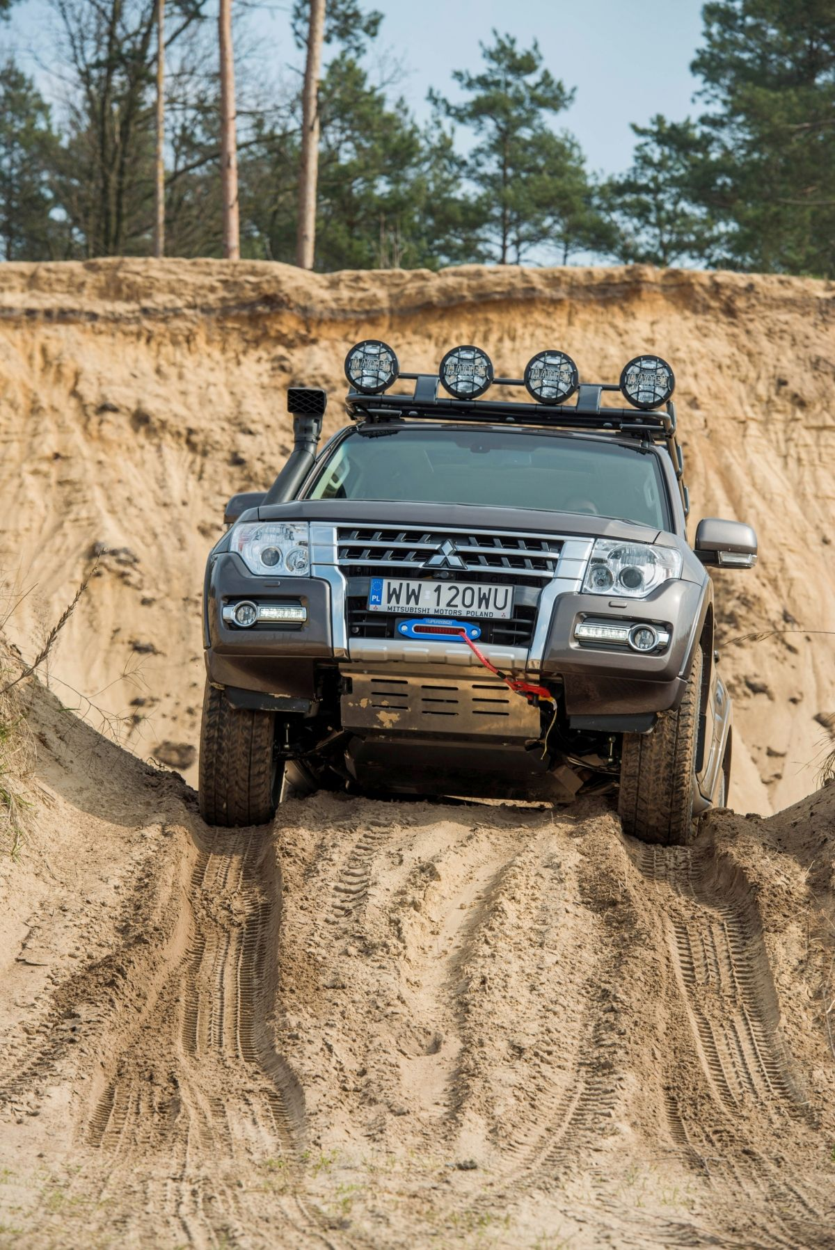 Mitsubishi pajero sport with off road tyres google search car pinterest mitsubishi pajero google and sports mitsubishi pinterest mitsubishi