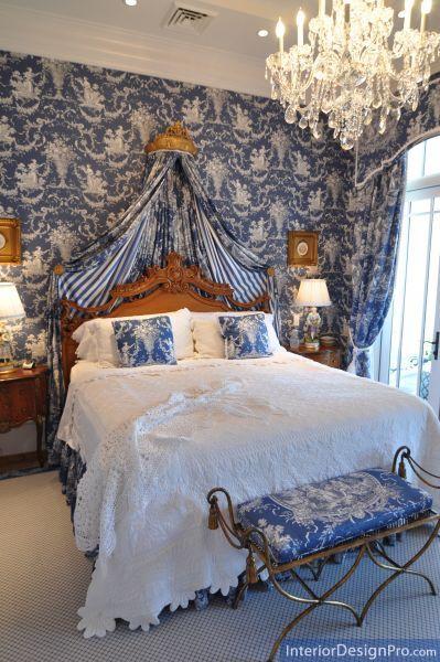 appealing blue toile de jouy and stripe adorned french bedroom i rh pinterest com