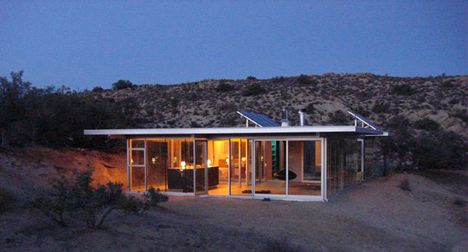 Completely Off The Grid IT House In The Middle Of The Desert Love - Small off grid homes
