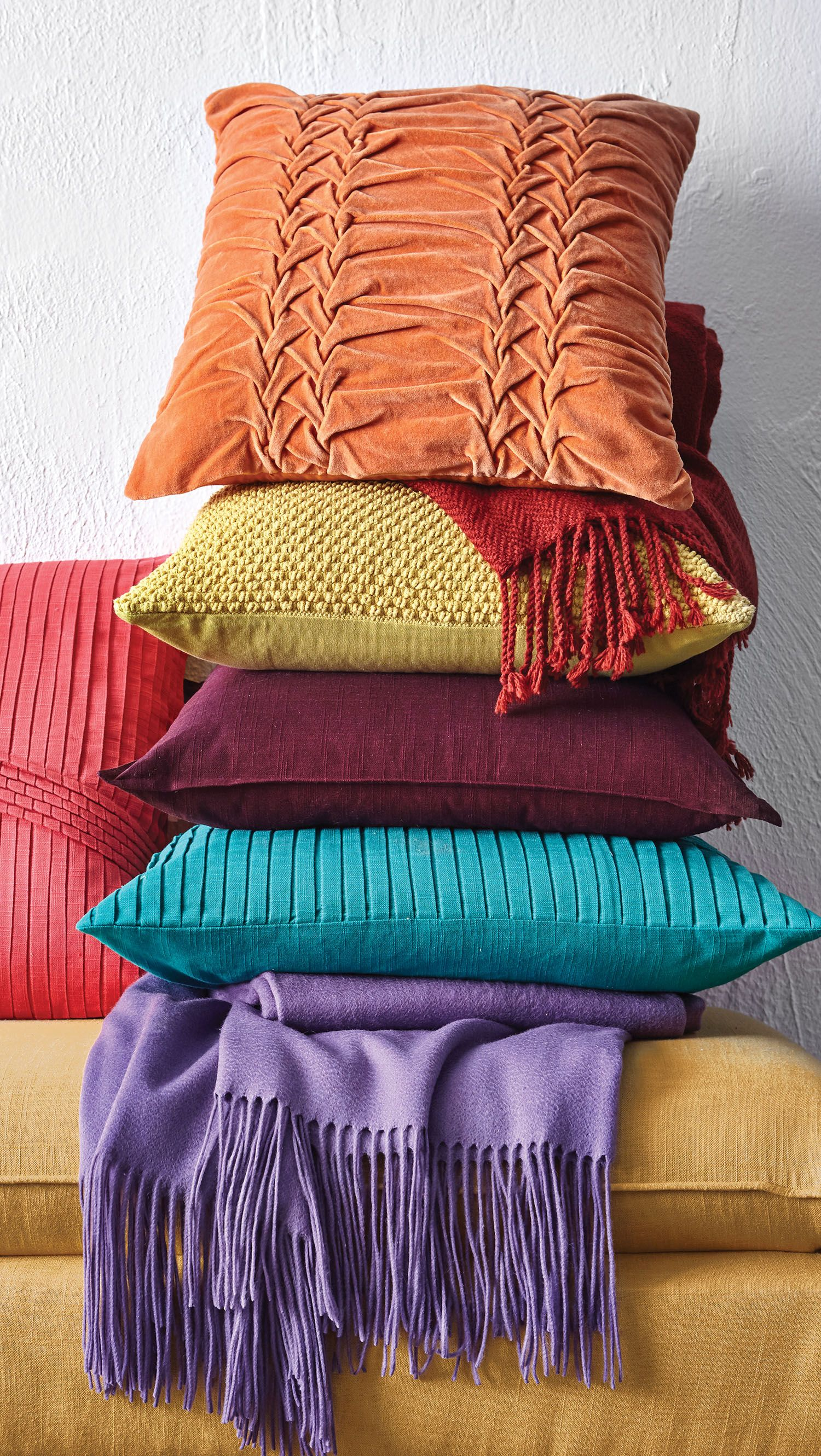 Colorful Throw Blankets Enchanting These Pillows Look So Soft And So Colorfuladd Depth To Your Decorating Inspiration