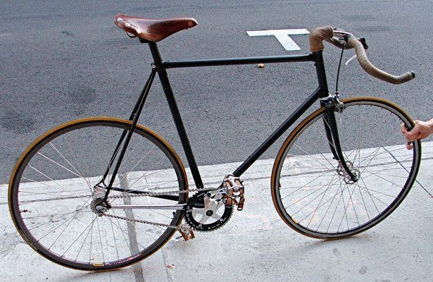 Fancy - Bikurious Montreal » Track and Single Speed Bike Builds