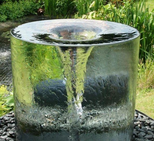 Fuentes de jardin para jardines modernos con cortina de agua ...