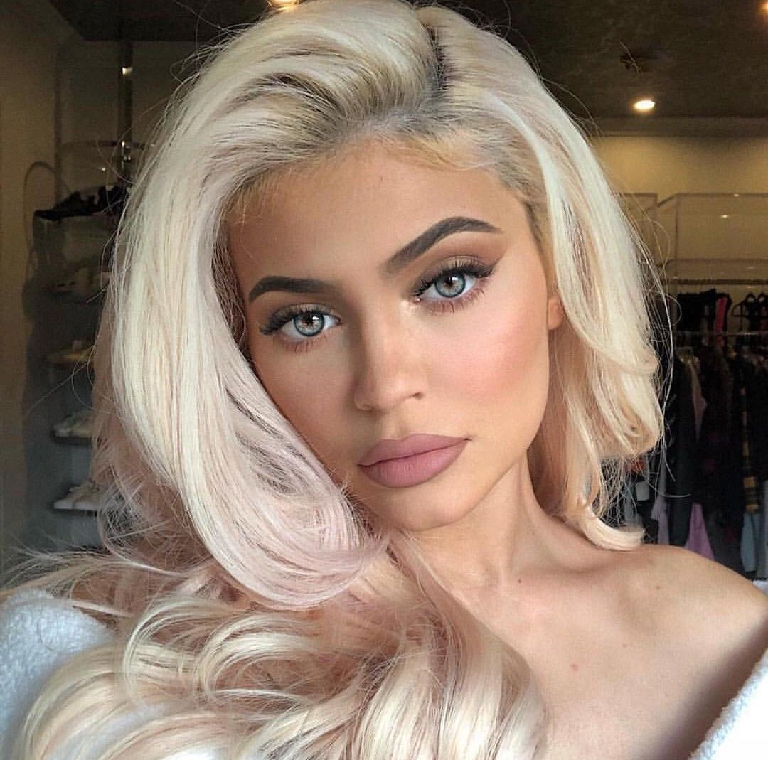 Blue Eyes With Images Kylie Jenner Hair Blonde Hair