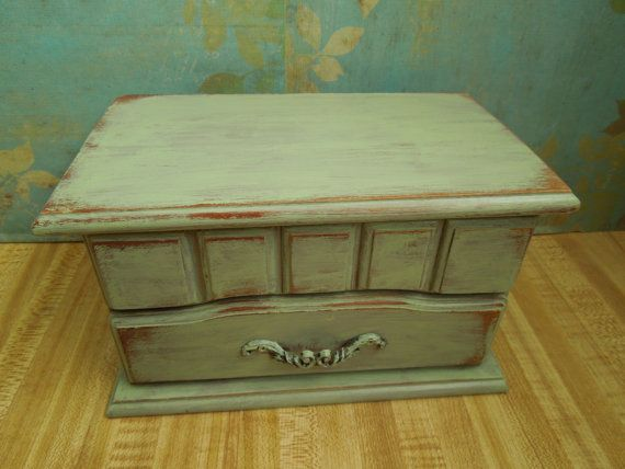 Distressed Wood Jewelry Box in Celery Green Plays the song