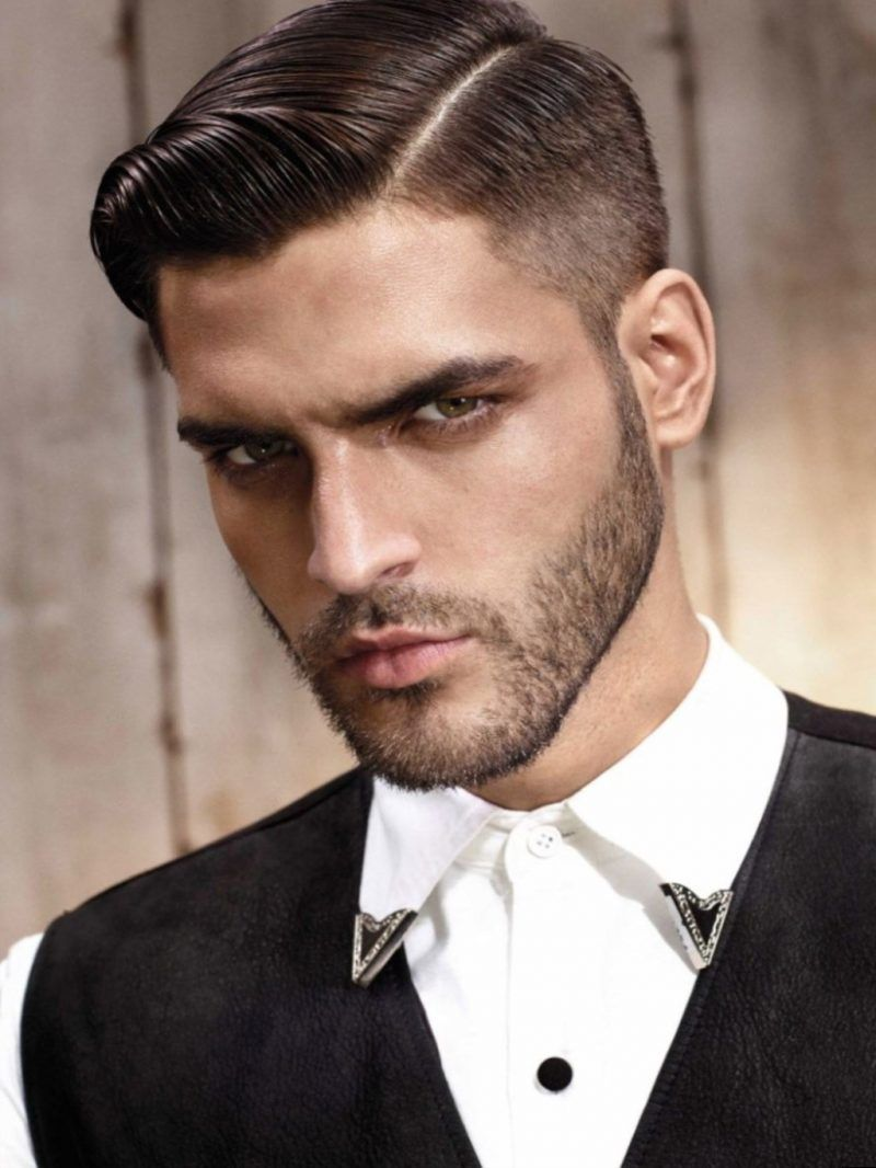 17 Ideen Fur Herren Kurzhaarfrisuren Die Absoluter Trend Sind Frisurentrends Zenideen Rockabilly Frisuren Manner Herren Frisuren Scheitel Herrenfrisuren