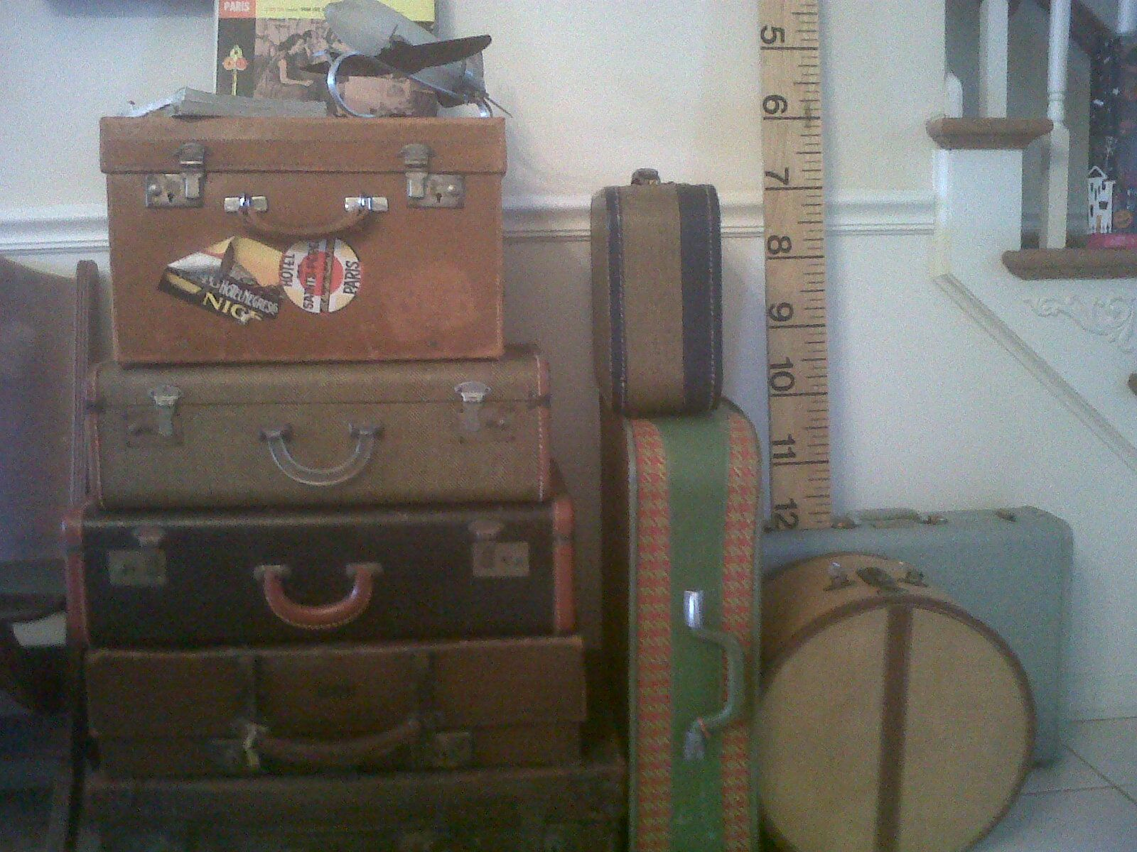 I love old suitcases and have had them used as side tables for years in my own home .