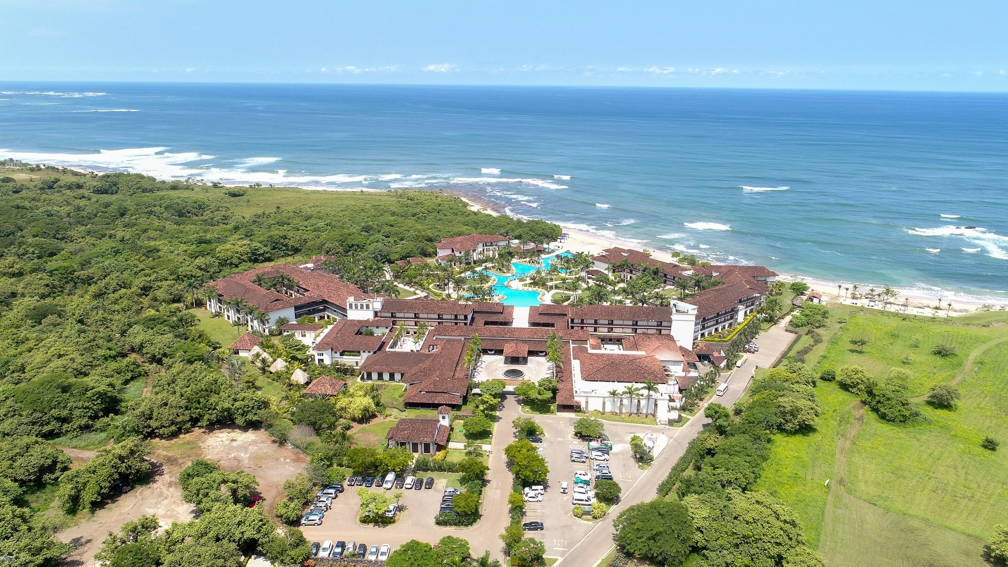 stay at jw marriott guanacaste resort & spa for a luxury beach vacay