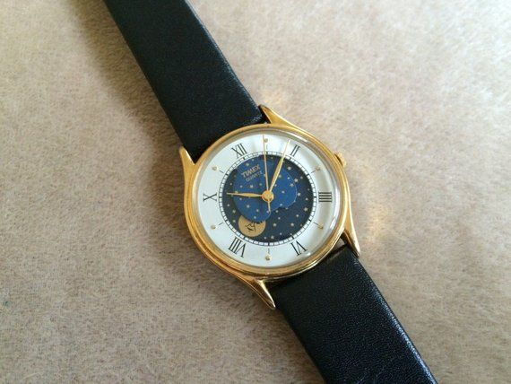 3612afb6568 TIMEX Moonphase   Moon Face men s or unisex watch