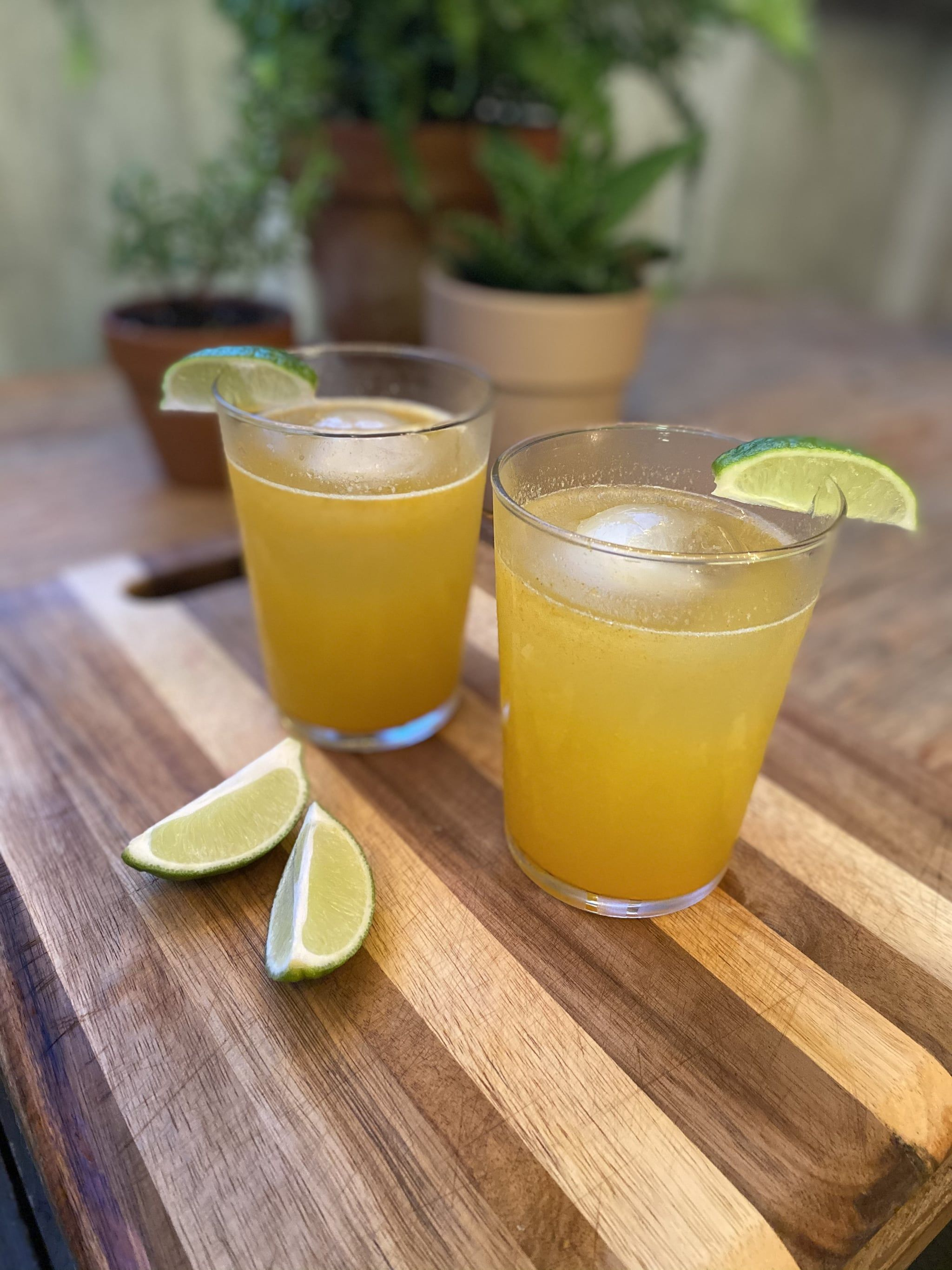 This Turmeric Gin And Ginger Cocktail Is The Perfect Sip For The Beginning Of Fall Recipe Ginger Cocktail Recipes Ginger Cocktails Homemade Cocktails