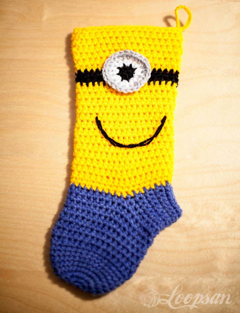 Minion-inspired Christmas Sock - Free Pattern   Calcetín de navidad ...