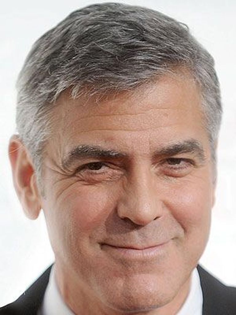 38 perfect silver hairstyles for men over 40 old man