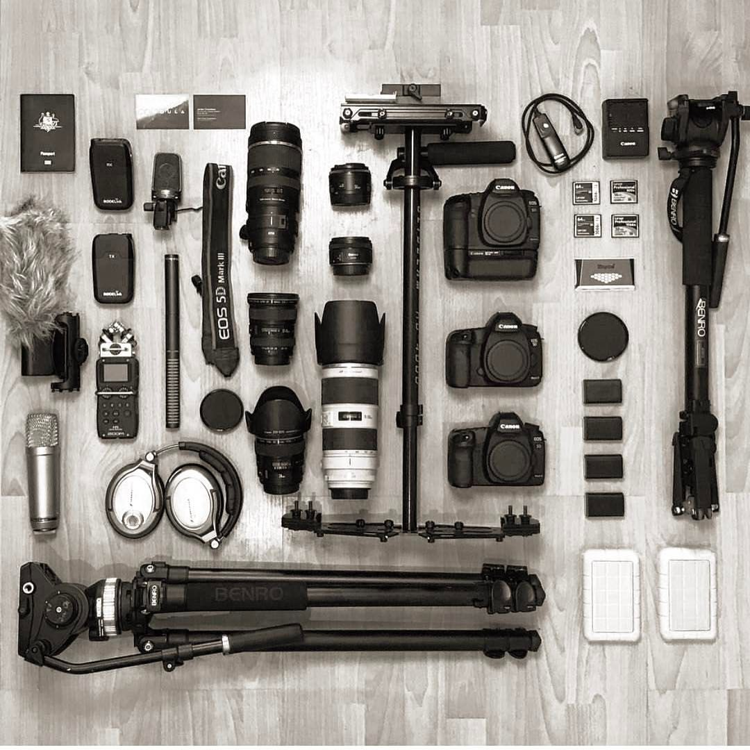 2 666 Gostos 13 Comentarios F I L M R E V Film Rev No Instagram Today S Flat Lay Pic By Michaeljdro Camera Photography Camera Gear Photography Gear