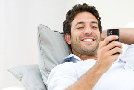 8 Type Of Texts Messages A Girl Actually Wants To Receive From Her Guy - http://www.77evenbusiness.com/8-type-of-texts-messages-a-girl-actually-wants-to-receive-from-her-guy/