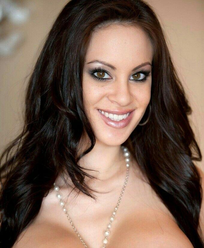 Talia Shepard Nude Photos 42