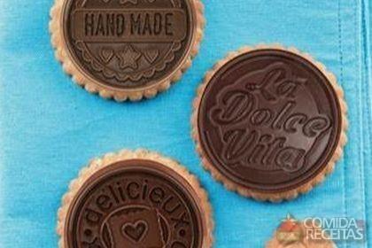 Receita de Bolacha de canela com chocolate em receitas de biscoitos e bolachas, veja essa e outras receitas aqui!