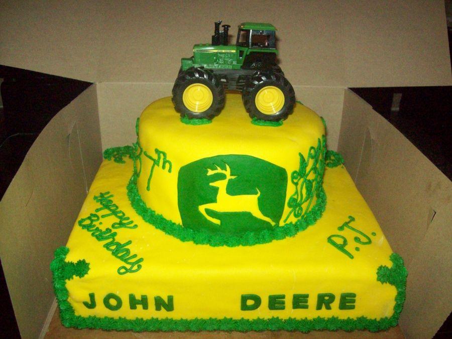 boybirthdaycakejohndeere john deere birthday cake