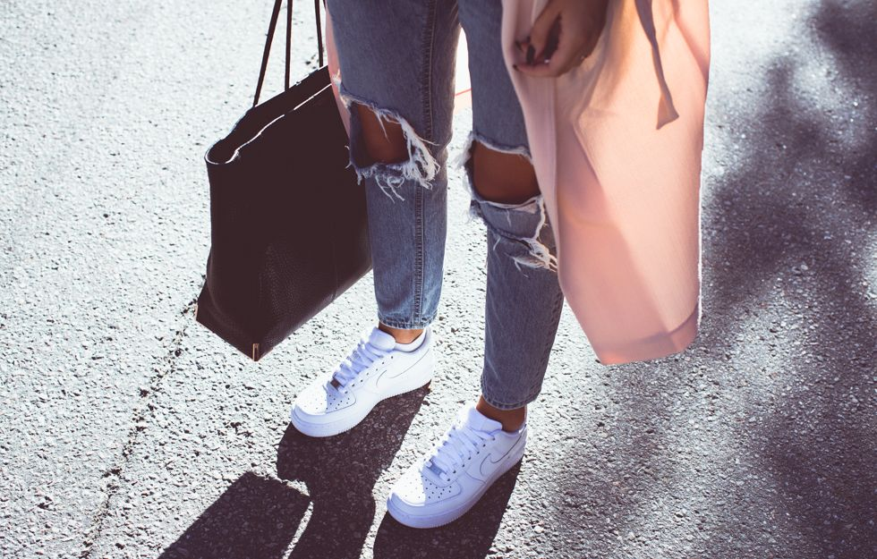 Air Force 1 Sneakers + Chicy Ripped Jeans | Fashion, Nike